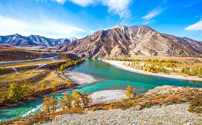 Слияние реки Катунь с Чуей